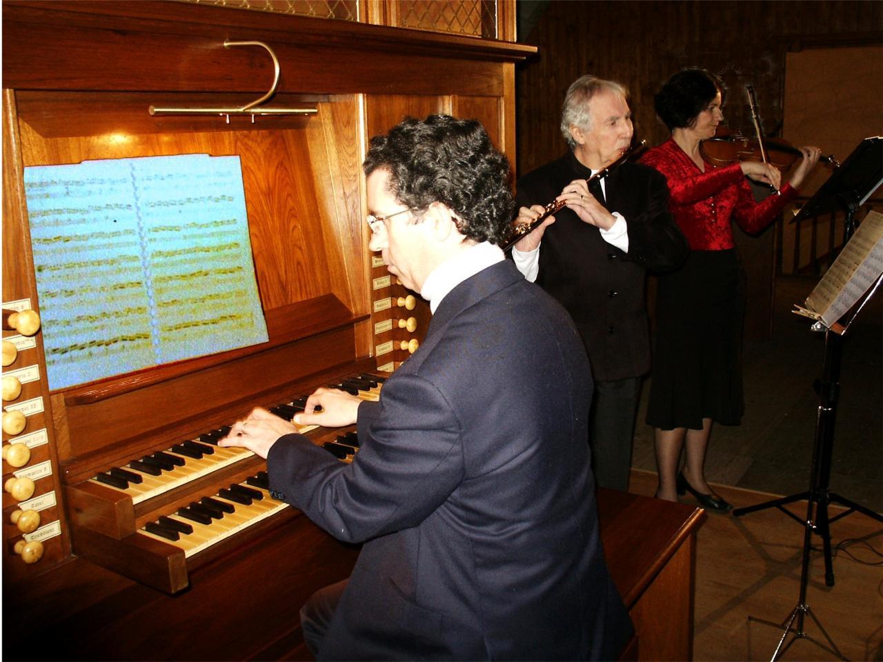 avril 2005: Flûte traversière, violon et orgue